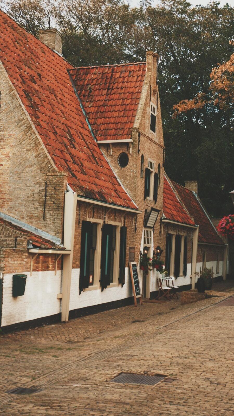 Het armhuis op Vlieland is een succes